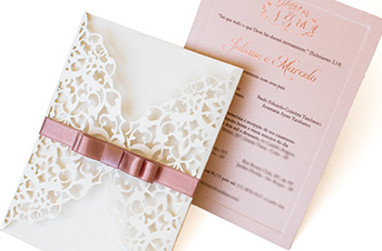 Convites de casamento com corte Laser – Juliane