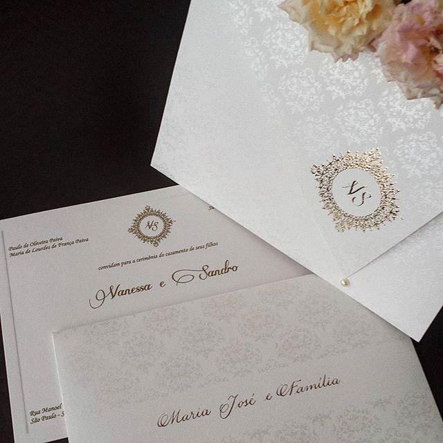 caligrafia-cursiva-convite-casamento-Papel-e-Estilo
