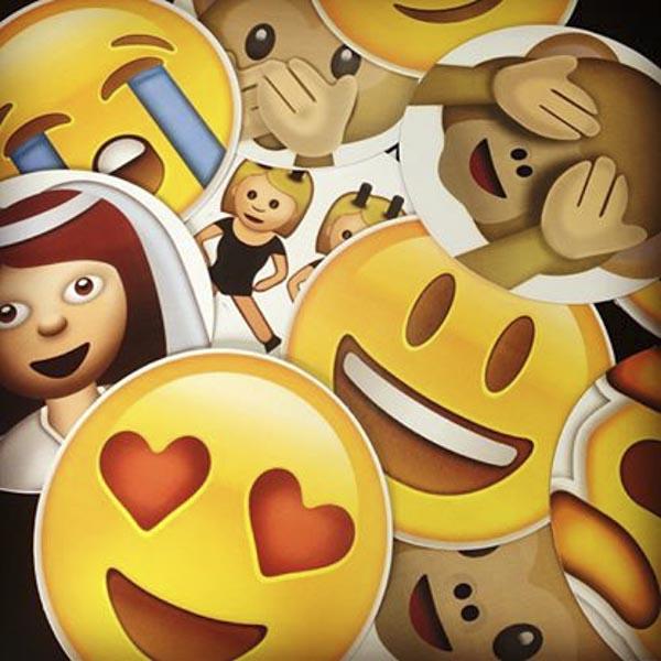 Lembrancinhas personalizadas para casamento placas com emoji