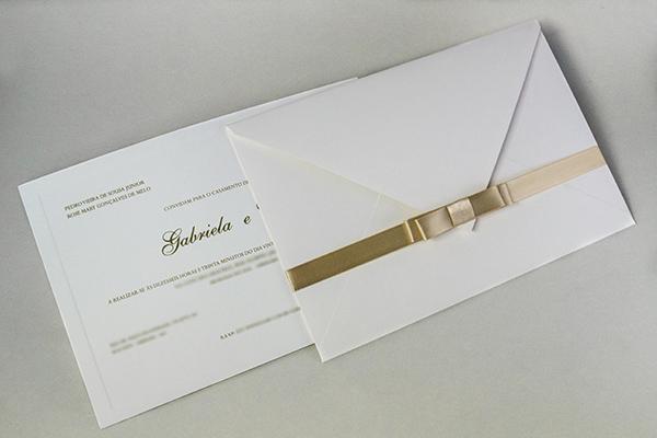 Convite-de-casamento-papel-e-estilo-cassio-com-fita-5-alta