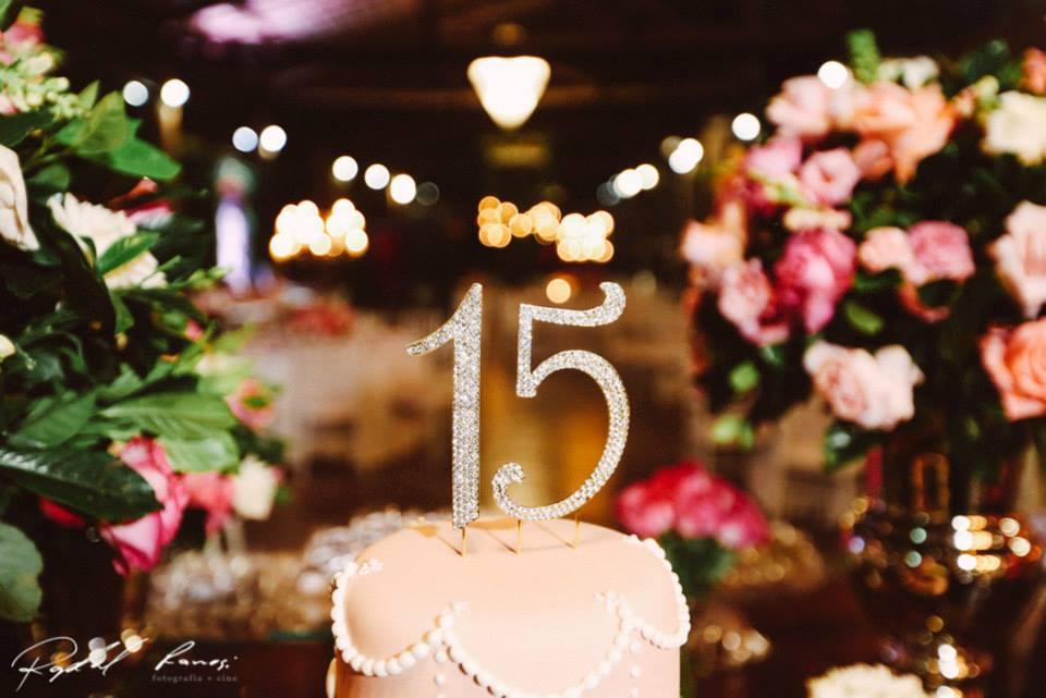Festa 15 Anos Sarah Convite Papel E Estilo