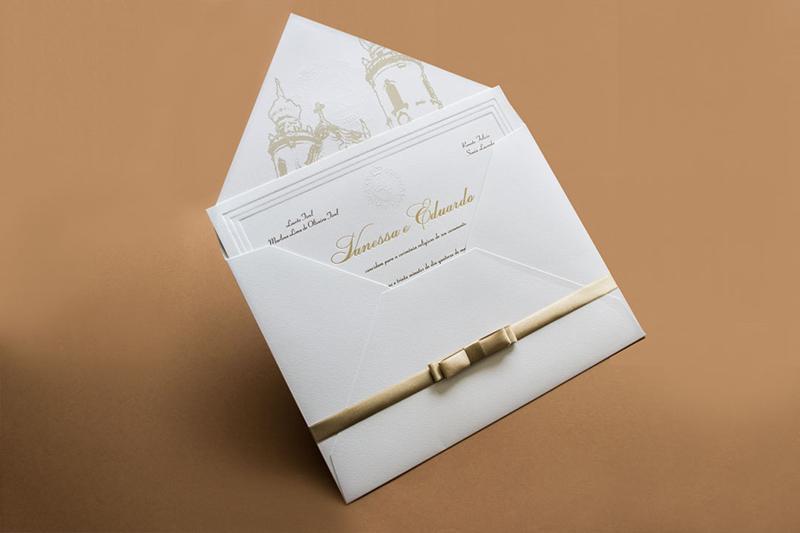 Convite de casamento com impressao na aba