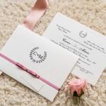 Convite-de-casamento-simples-barato-modelo-delicado-papel-e-estilo2