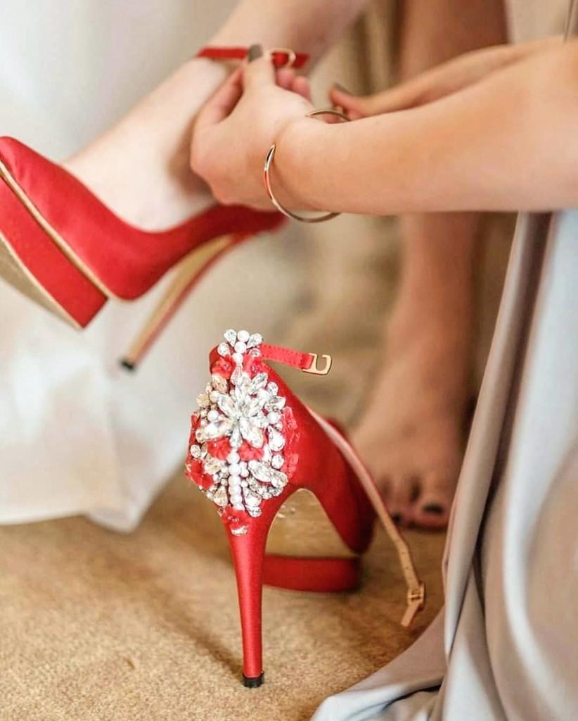 Sapato de noiva vermelho