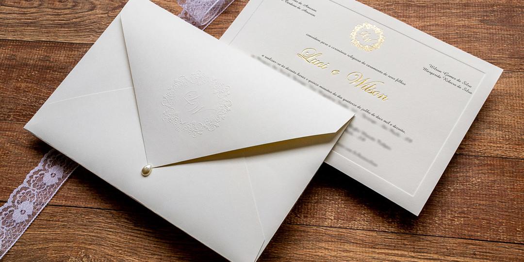Convite de casamento dourado