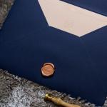 convite-de-casamento-azul-classico-cor-do-ano-2020-2